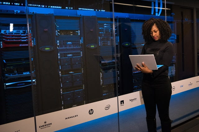 How to become a database administrator Career Guide